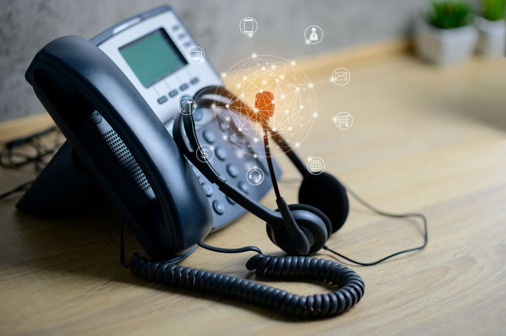 VOIP-phone-and-headset